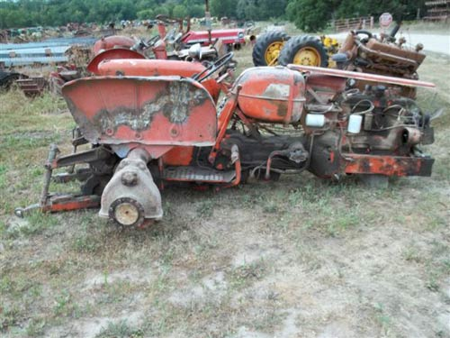 Allis Chalmers D17 tractor salvaged for used parts. This unit is available at All States Ag Parts in Ft. Atkinson, IA. Call 877-530-3010 parts. Unit ID#: EQ-18869. The photo depicts the equipment in the condition it arrived at our salvage yard. Parts shown may or may not still be available. http://www.TractorPartsASAP.com