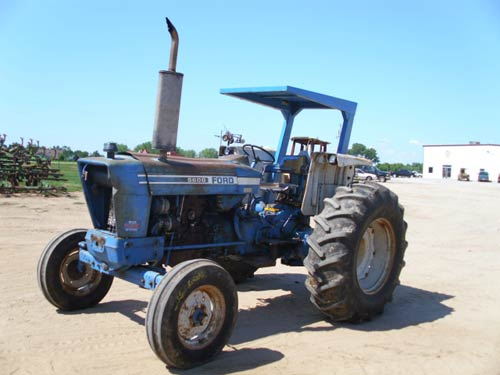 Ford 2000 Tractor Battery Size : Ford tractor pictures to pin on pinterest daddy