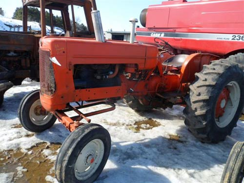 Used Allis Chalmers D17 tractor parts - side photo EQ-20088