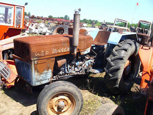 Long 460 tractor salvaged for used parts. This unit is available at All States Ag Parts in Black Creek, WI. Call 877-530-2010 parts. Unit ID#: EQ-20853. The photo depicts the equipment in the condition it arrived at our salvage yard. Parts shown may or may not still be available. http://www.TractorPartsASAP.com