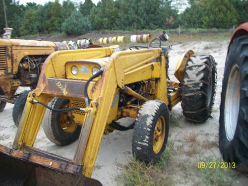Ford 850 Tractor Serial Numbers : Serial number location on n ford tractor