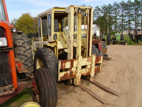 Used Massey Ferguson 2500 industrial parts - front photo EQ-21271