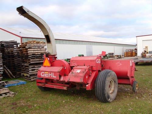 Gehl 1065 harvester salvaged for used parts. This unit is available at All States Ag Parts in Black Creek, WI. Call 877-530-2010 parts. Unit ID#: EQ-21287. The photo depicts the equipment in the condition it arrived at our salvage yard. Parts shown may or may not still be available. http://www.TractorPartsASAP.com