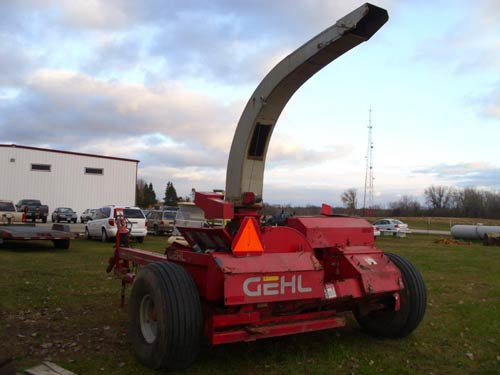Used Gehl 1065 harvester parts - front photo EQ-21287