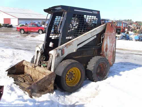 Scat Trak 1300C skid steer loader salvaged for used parts. This unit is available at All States Ag Parts in Black Creek, WI. Call 877-530-2010 parts. Unit ID#: EQ-21879. The photo depicts the equipment in the condition it arrived at our salvage yard. Parts shown may or may not still be available. http://www.TractorPartsASAP.com