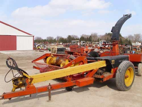 Fox 4310 harvester salvaged for used parts. This unit is available at All States Ag Parts in Black Creek, WI. Call 877-530-2010 parts. Unit ID#: EQ-21954. The photo depicts the equipment in the condition it arrived at our salvage yard. Parts shown may or may not still be available. http://www.TractorPartsASAP.com