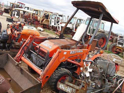 Kubota B21 industrial salvaged for used parts. This unit is available at All States Ag Parts in Black Creek, WI. Call 877-530-2010 parts. Unit ID#: EQ-22050. The photo depicts the equipment in the condition it arrived at our salvage yard. Parts shown may or may not still be available. http://www.TractorPartsASAP.com