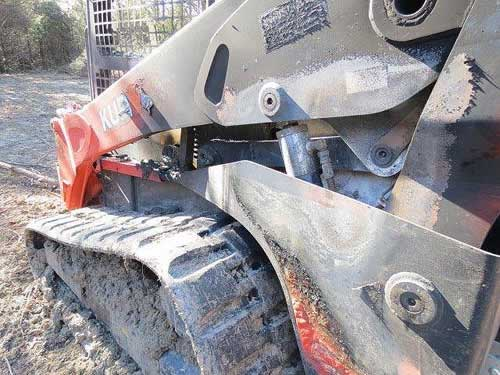 Used Kubota SLV90 skid steer parts - alt photo1 EQ-22089
