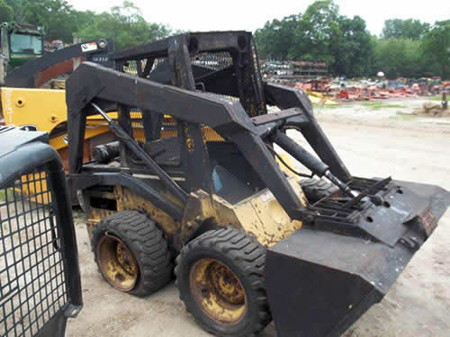 New Holland L454 skid steer salvaged for used parts. This unit is available at All States Ag Parts in Ft. Atkinson, IA. Call 877-530-3010 parts. Unit ID#: EQ-22287. The photo depicts the equipment in the condition it arrived at our salvage yard. Parts shown may or may not still be available. http://www.TractorPartsASAP.com
