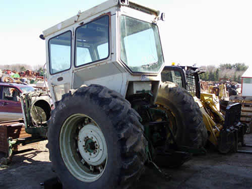 Oliver Tractor Parts Used : Oliver tractor salvaged for used parts this unit is
