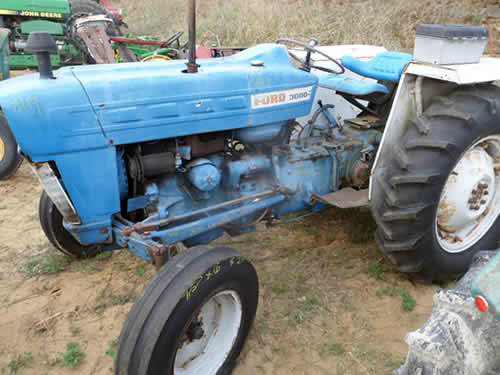 Used Tractor Parts Salvage Yards : Salvaged ford tractor for used parts eq all