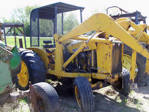 John Deere Tractor Salvage Yards : Salvaged john deere industrial for used parts eq