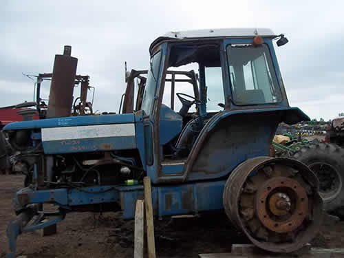 Used Tractor Parts Salvage Yards : Salvaged ford tw tractor for used parts eq