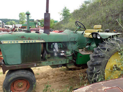 John Deere Tractor Salvage Yards : John deere tractor salvaged for used parts this unit