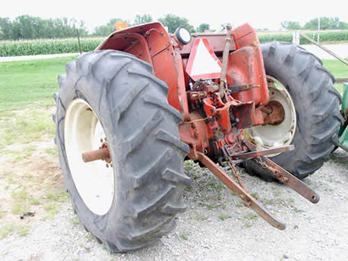 International Tractor Salvage Yard : International tractor salvaged for used parts this